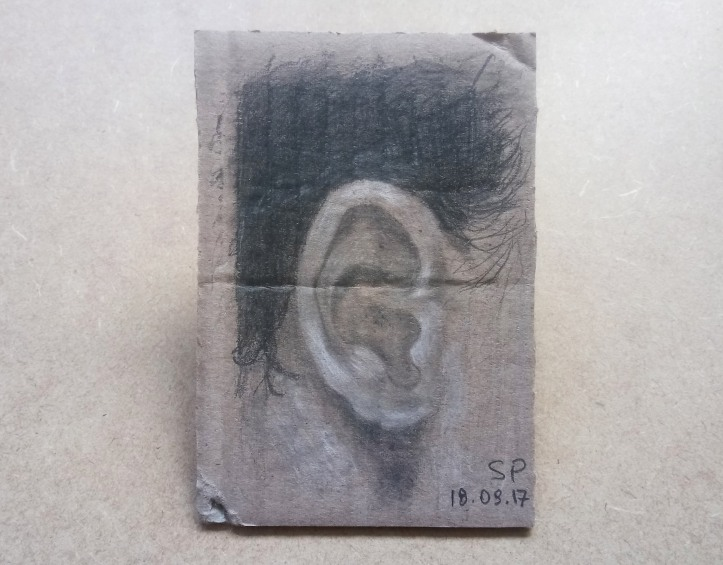 ear drawing on cartoon